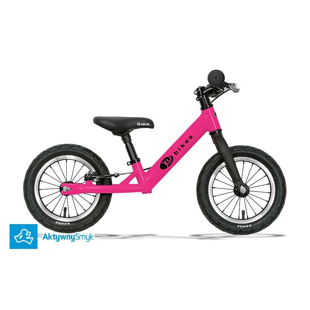 Bardzo lekki rowerek biegowy KUbikes na pompowanych kołach i z hamulcem tylnego koła